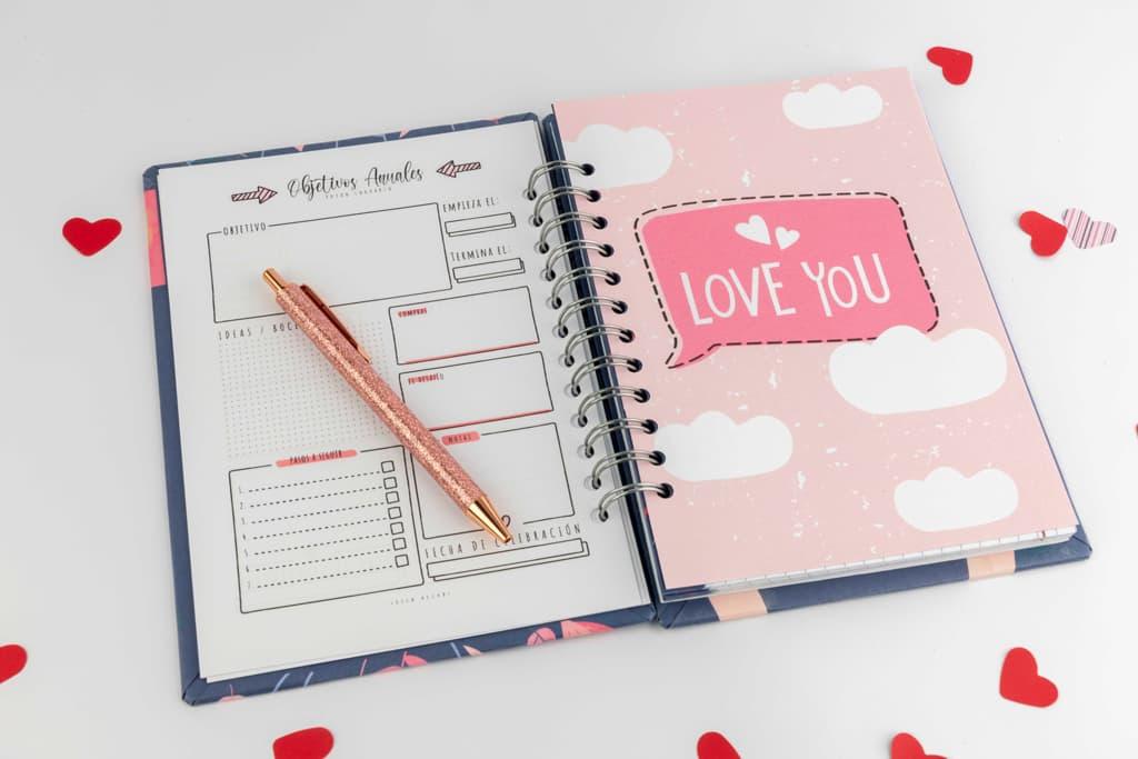 Love you · Andariega Store 2021